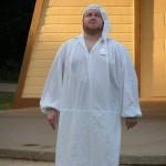 TwelfthNight_Dan_in_nightgown
