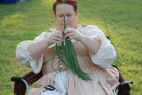 TwoNobleKinsmen_knitting_grass